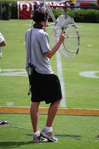 Parabolic microphone - Wikipedia