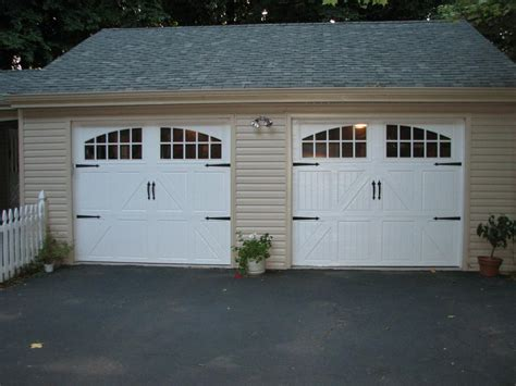White Garage Doors by Cheapest Garage Doors Ideas