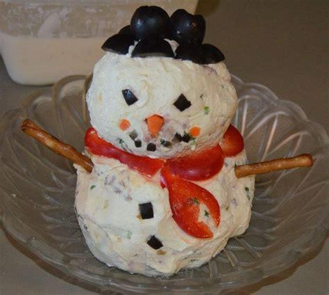 snowman cheeseball  spread recipes  cut