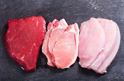 gesunde soßen zu fleisch 220 berblick die kalorien im fleisch grill wissen de
