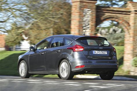 Comparison Ford Focus Versus Volkswagen Golf Autocar