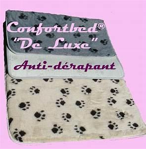 Tapis confortbed de luxe anti derapant couchage pour chien for Tapis rouge avec canapé anti griffure chat