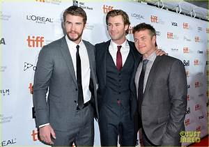 Full Sized Photo of chris hemsworth rush tiff premiere ...