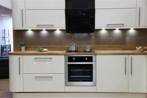 kitchen tiles pics 29 best solid wood worktops surfaces images on 3350