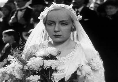 Bride Vigo Gifs Bridesmaids Jean Giphy Aggressive