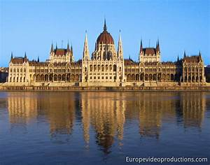 Photo: Parliament building in Budapest in Hungary