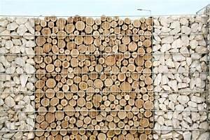 Gabionenzaun Mit Holz : bei diesem gabionenzaun wurden holz und stein miteinander ~ Lizthompson.info Haus und Dekorationen