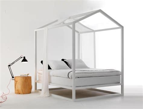 come fare un letto a baldacchino un letto a baldacchino come la casetta in canad 224