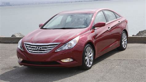 hyundai sonata se  review  tech  power