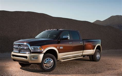 2018 Ram 3500 Front Left Side View