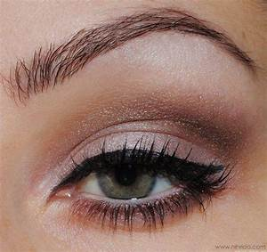 Simple Makeup with Makeup Ideas for Green Eyes with 20 ...