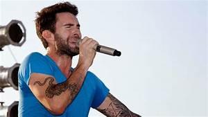 Koleksi Foto HD Adam Levine Vokalis Maroon 5