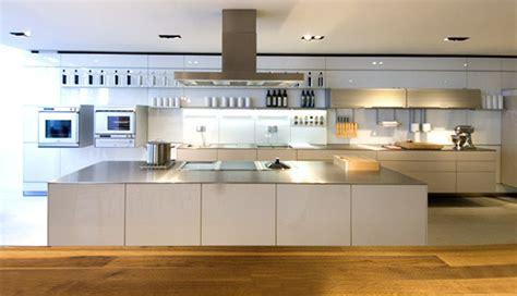 Kitchen Designs With Modern Clean Lines