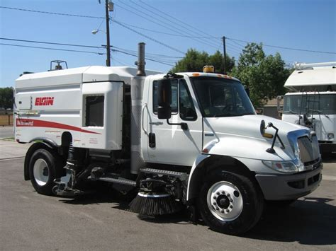 Bid history for elgin sweeper auction start date: 2010 Elgin Whirlwind Street Sweeper For Sale by Prince Motors