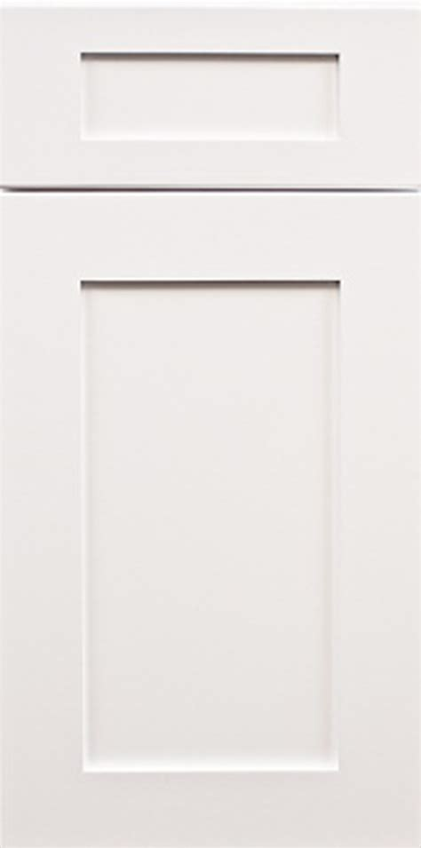 shaker door kitchen cabinets white shaker forevermark cabinetry 5156