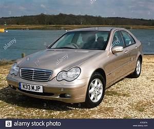 Mercedes C220 Cdi 2002 : mercedes benz 220 stock photos mercedes benz 220 stock images alamy ~ Medecine-chirurgie-esthetiques.com Avis de Voitures