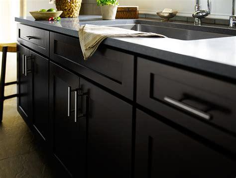drawer pulls and knobs black kitchen cabinets dayton door style cliqstudios