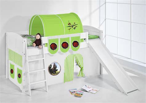 Tagsüber ist es ein abenteuerspielplatz mit einem turm und einer rutsche. Spielbett Hochbett Kinderbett Kinder Bett mit Rutsche ...