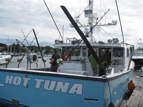 Tuna Boat Sinks by 49 Best Images About East Boats On