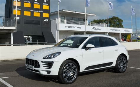 4x4 gold ines: Porsche Macan and Land Rover Defender grow ...