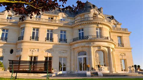 tiara ch 226 teau hotel mont royal chantilly chantilly picardy