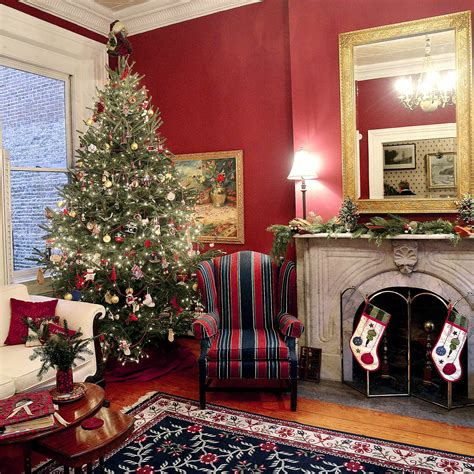 christmas tree in the living room allegheny west home decorated in toned down natural manner for annual tour pittsburgh post