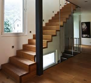 Escalier Blanc Et Marche Bois by Escalier En Bois Moderne Marche Et Contremarche Avec Garde