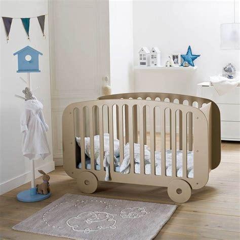 quand mettre bébé dans sa chambre chambre bébé déco pour éveil côté maison