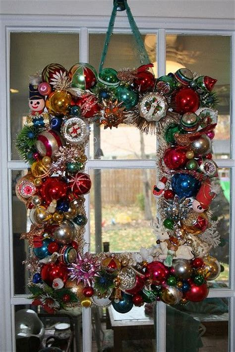charming vintage christmas decor ideas digsdigs