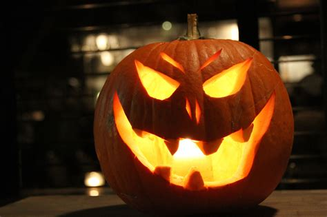o lantern pictures what s happening this weekend ttc and road closures pre halloween fun