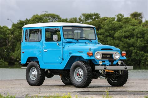 Modifikasi Toyota Land Cruiser by 1978 Toyota Fj40 Land Cruiser
