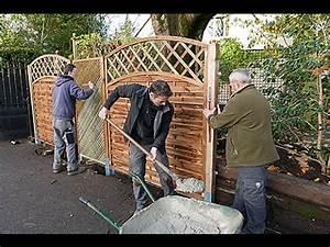 Bardage Bois Bricoman : comment bien poser une cl ture en panneaux de bois youtube ~ Melissatoandfro.com Idées de Décoration