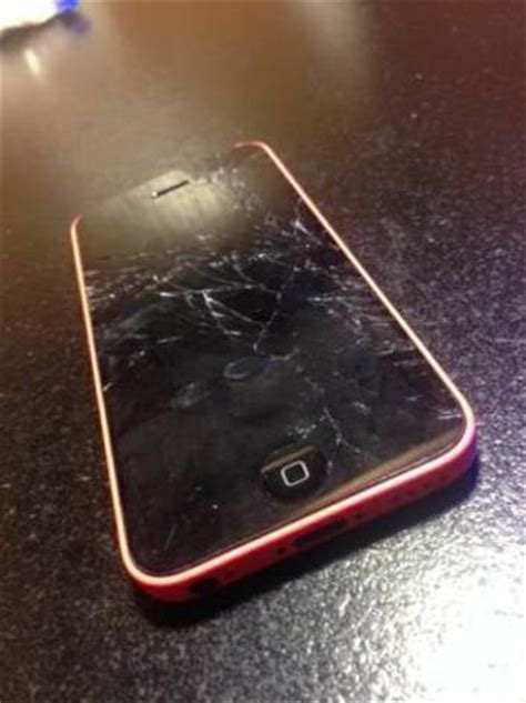 my iphone 5 wont turn on dropped iphone 5c and screen now it won t turn on