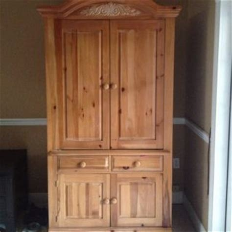 broyhill fontana armoire entertainment hutch thomasville tv armoire on popscreen