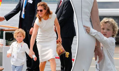 Sophie Gregoire in pictures: Justin Trudeau's stunning wife   World   News   Express.co.uk