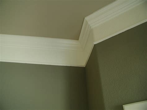 Plaster Crown Molding by Crown Molding Ideas Crown Molding With Plaster Illusion