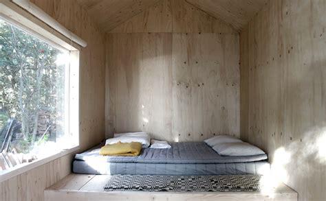 minimalist cabin  trsso