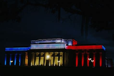 pay red light ticket jacksonville fl as world landmarks light up for paris check out lights at