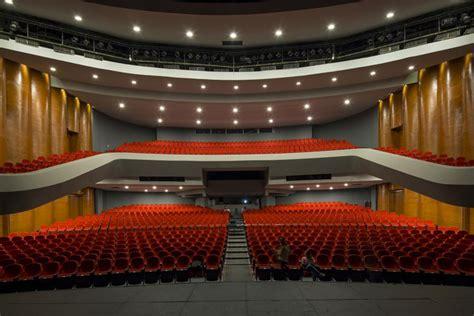 teatro de la ciudad de monterrey equipamiento escenico