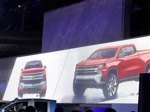 2019 Silverado Design: Sketches Show What Designers Aimed