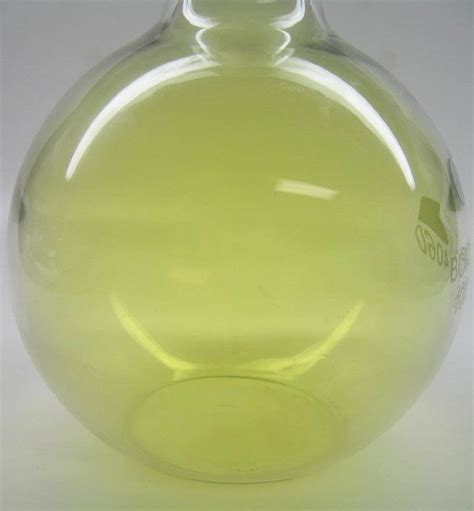 color of chlorine chlorine facts symbol discovery properties uses