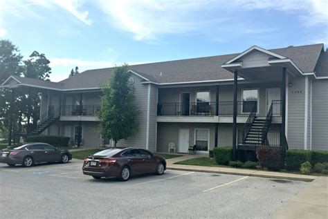 one bedroom apartments in fayetteville ar candlelight place apartments rentals fayetteville ar