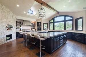 denise richards retente sa chance sa villa en californie With design de cuisine de luxe