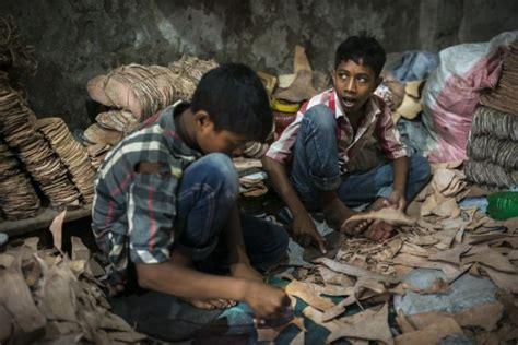 la industria del calzado  su impacto ambiental ecogestos