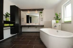 schönes badezimmer bilder schöne bäder bilder badezimmer ideen kleine baeder modern lagune fototapete badewanne dragonart