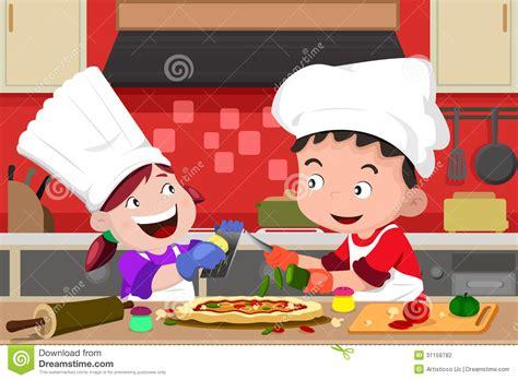faisant l amour dans la cuisine enfants faisant la pizza dans la cuisine photographie stock image 31159782
