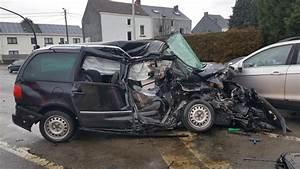 Accident De Voiture Mortel 77 : un jeune de 20 ans d c de dans un accident jemeppe sur sambre le camionneur n 39 tait pas sous ~ Medecine-chirurgie-esthetiques.com Avis de Voitures