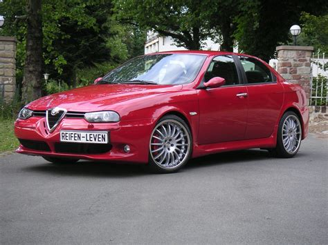 Alfa Romeo Images by Alfa Romeo 166 Image 12