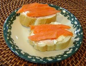 Smoked Salmon And Cream Cheese Sandwich Recipe – Melanie Cooks