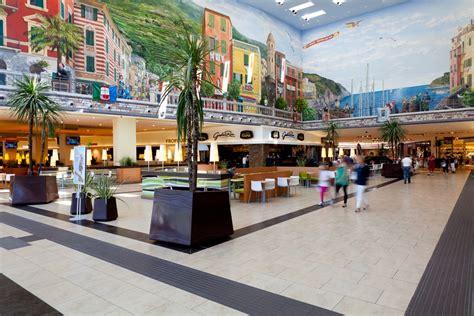 la spezia le terrazze sonae cresce il fatturato dei centri commerciali